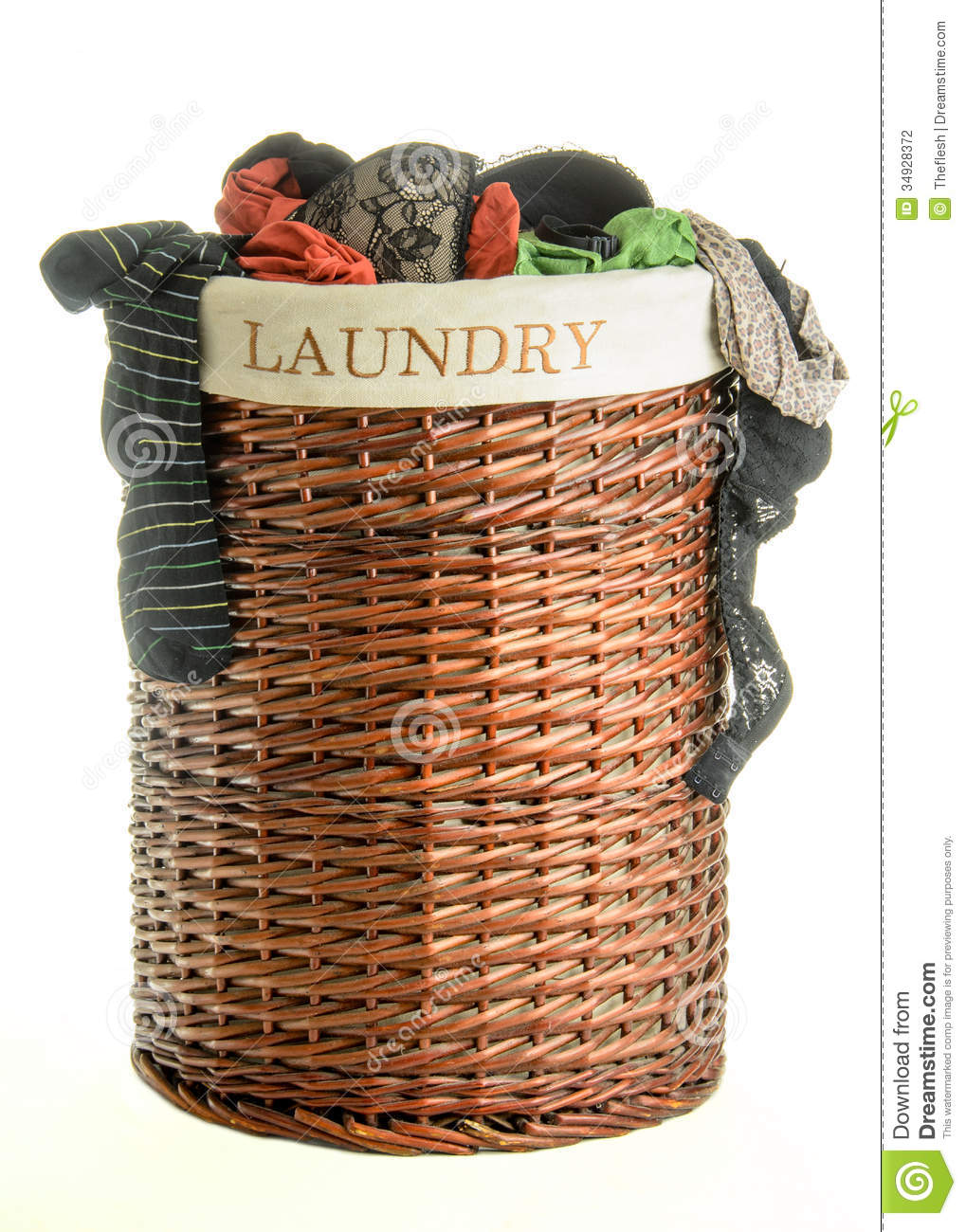 Laundry Hamper Clipart Laundry Basket With Clothes