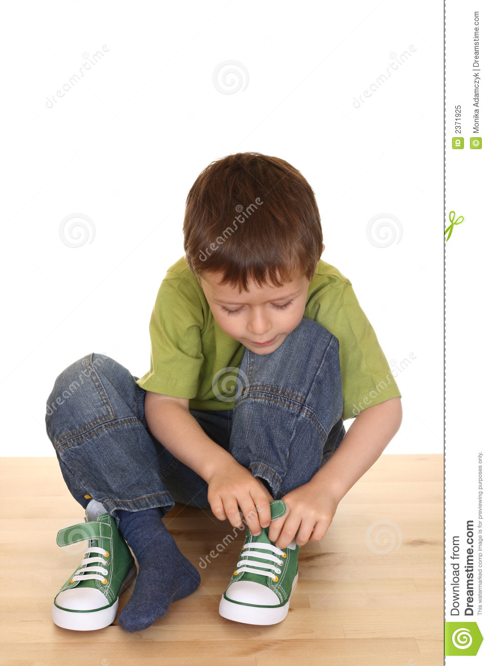 Putting On Shoes Clipart