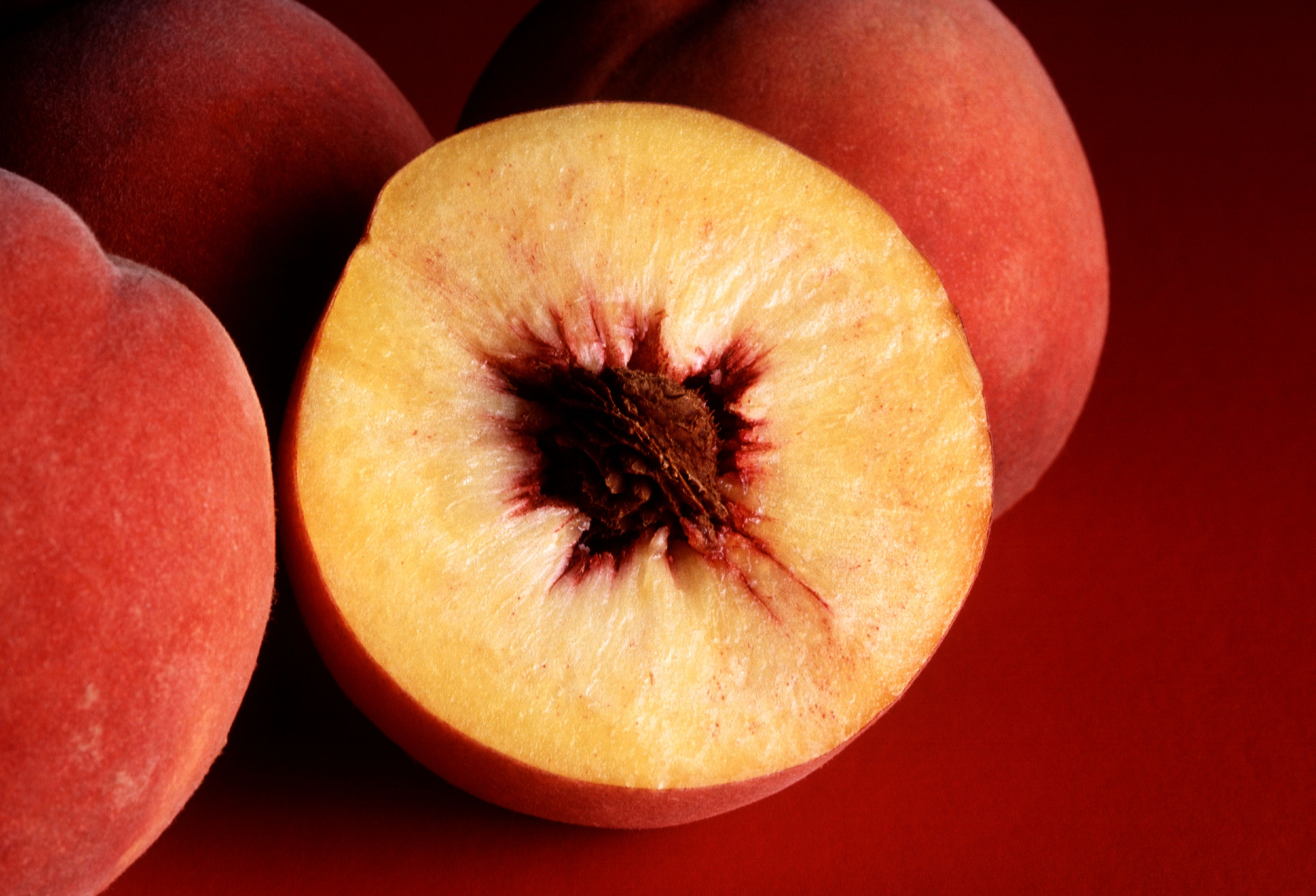 Description Autumn Red Peaches Jpg