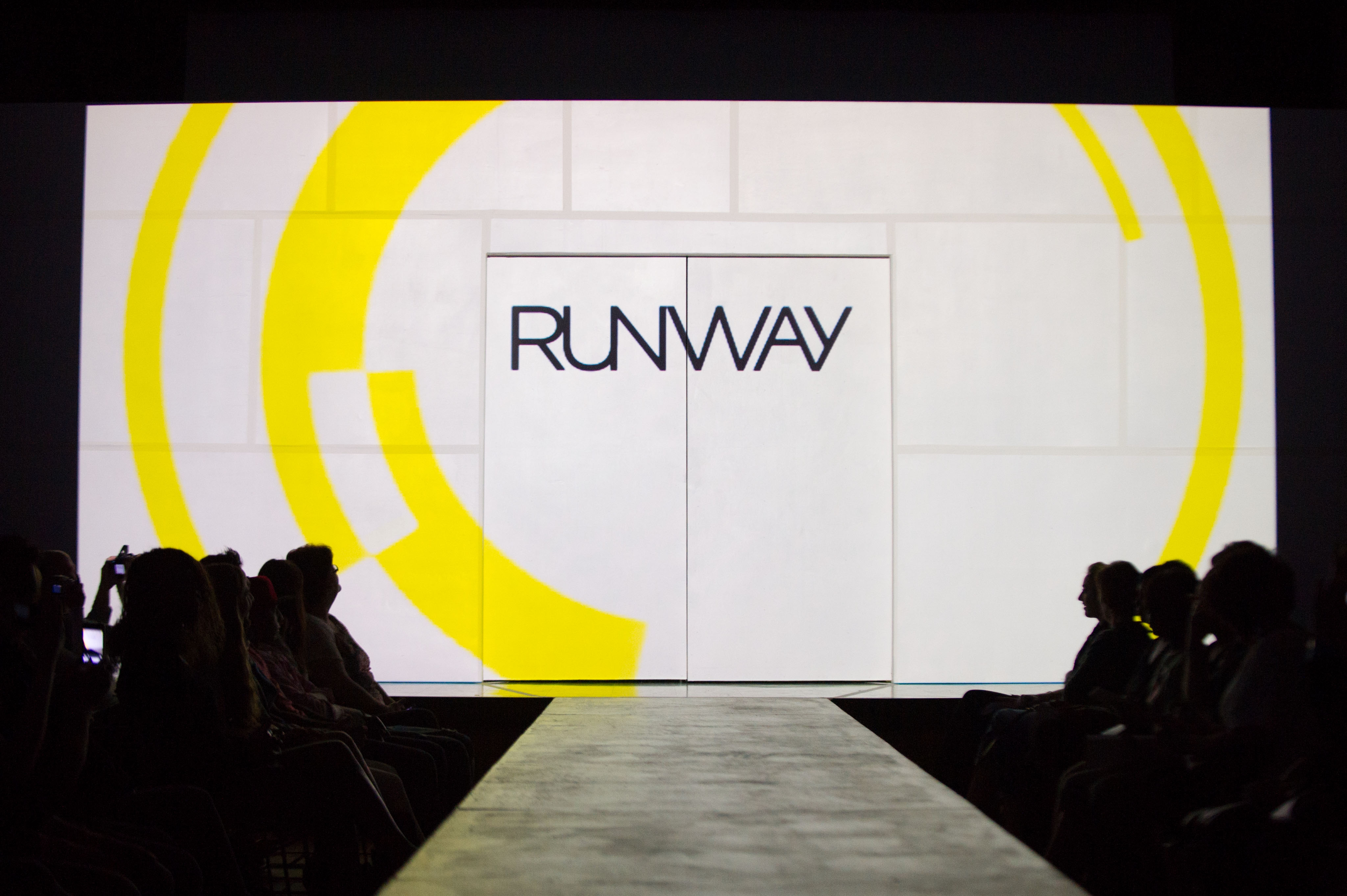 Runway Fashion Show Clip Art Images   Pictures   Becuo