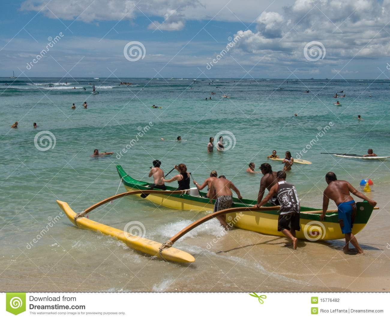 Outrigger Canoe Editorial Photography   Image  15776482