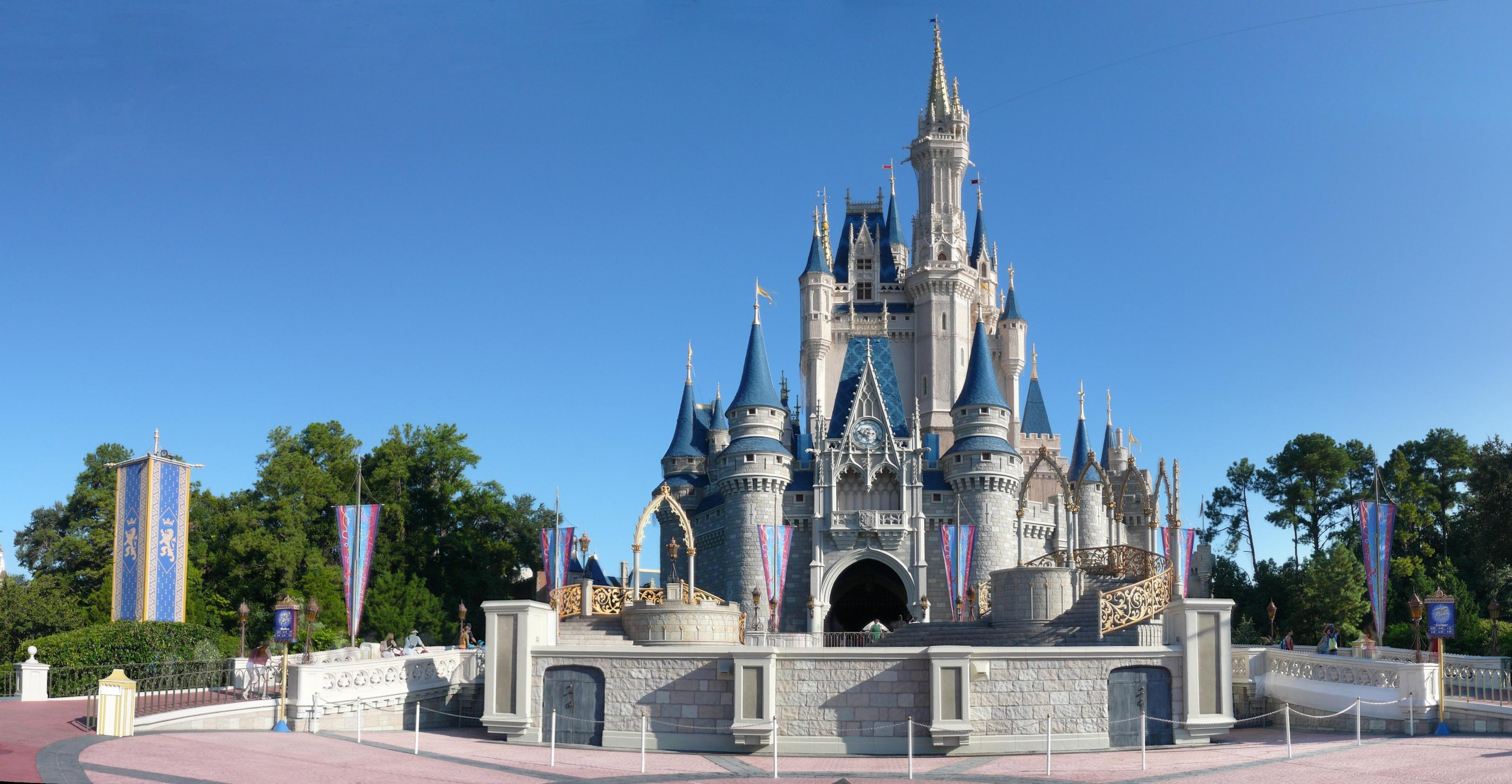 Disney World Castle Clipart - Clipart Suggest