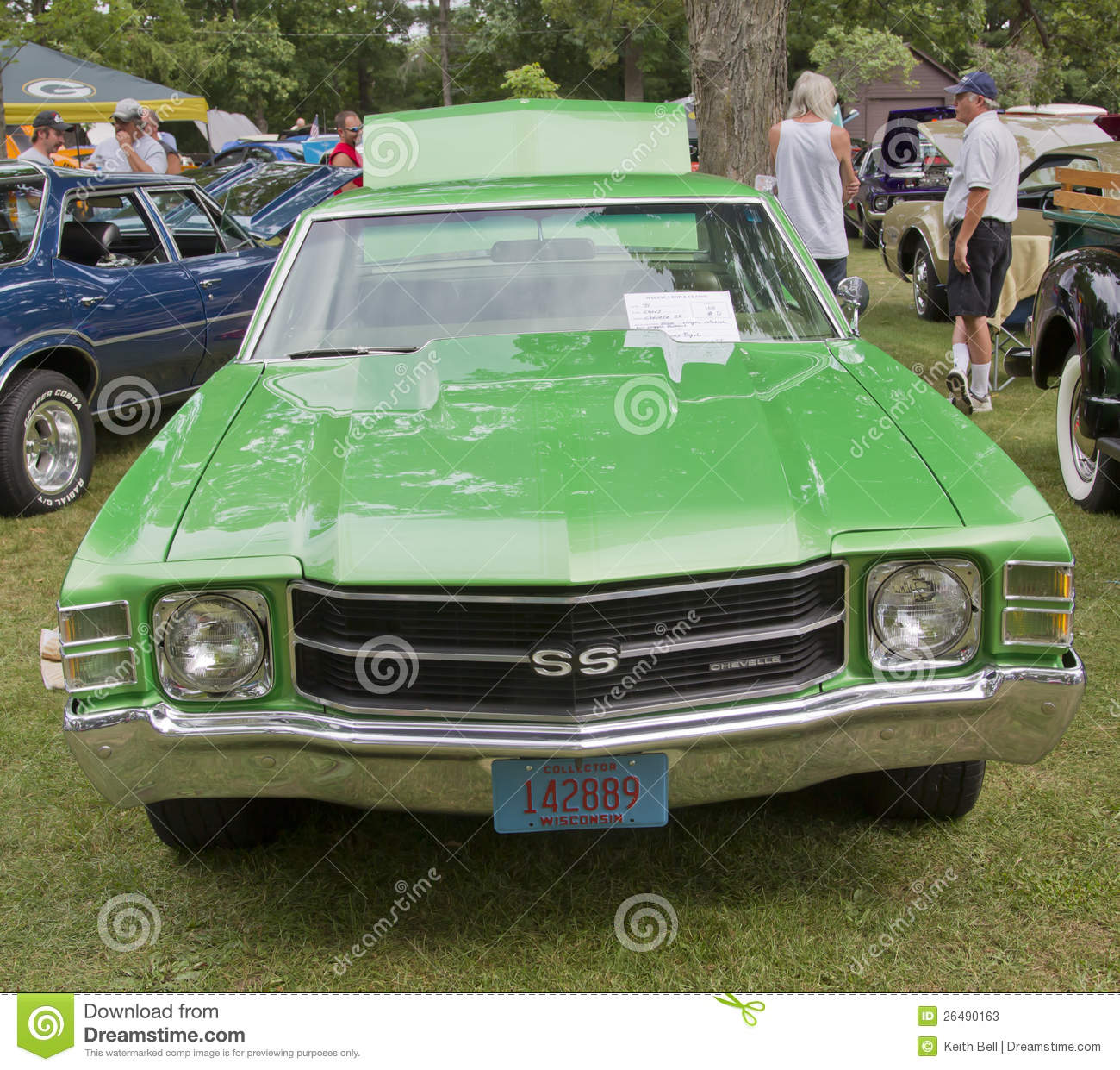 Waupaca Wi   August 25  Front Of 1971 Chevy Chevelle Car At The 10th