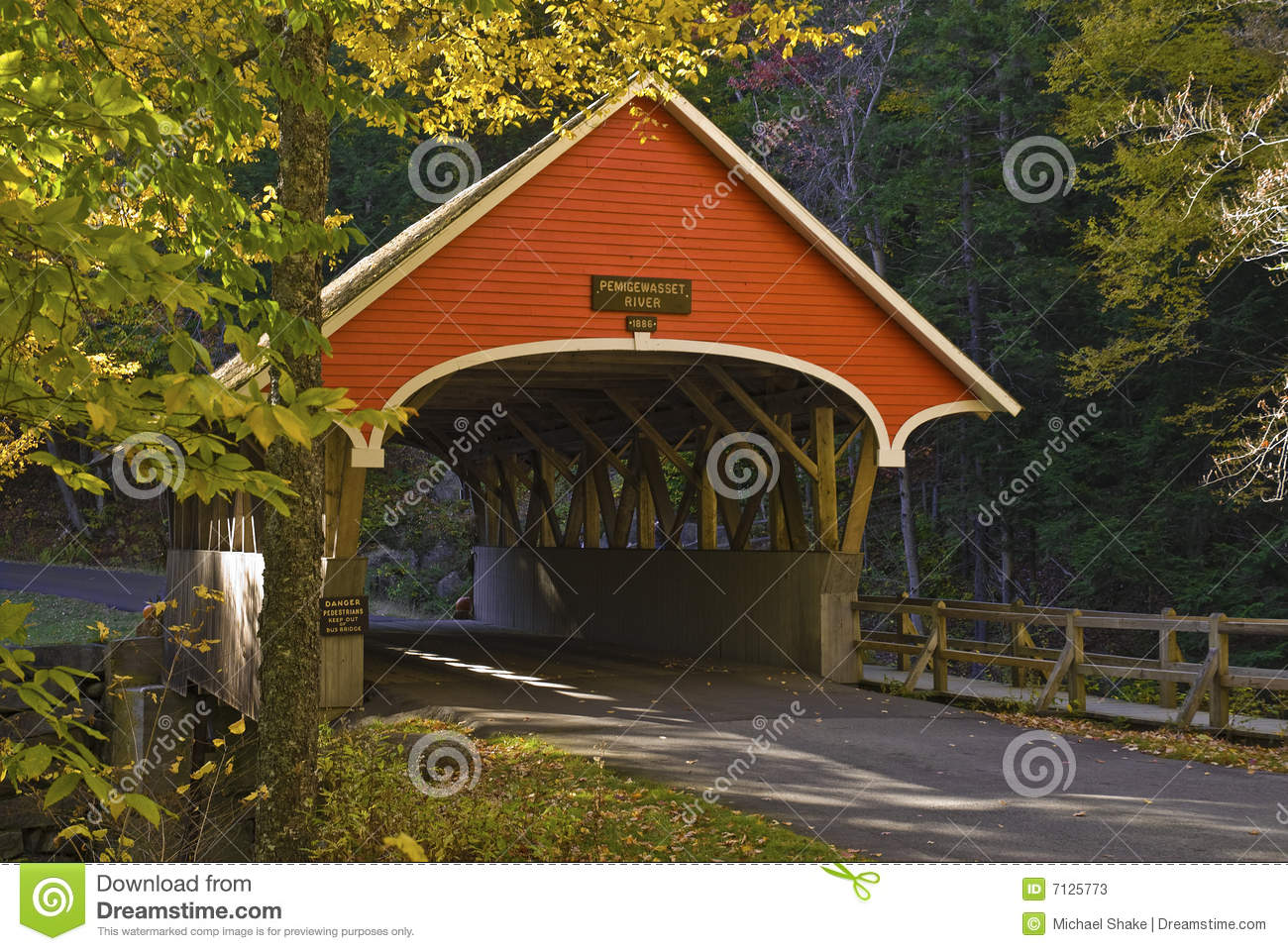 Covered Bridge Stock Photos   Image  7125773
