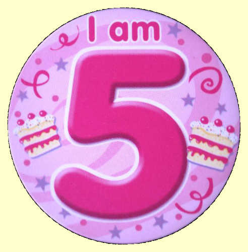5th Birthday Badge Cake Clipart