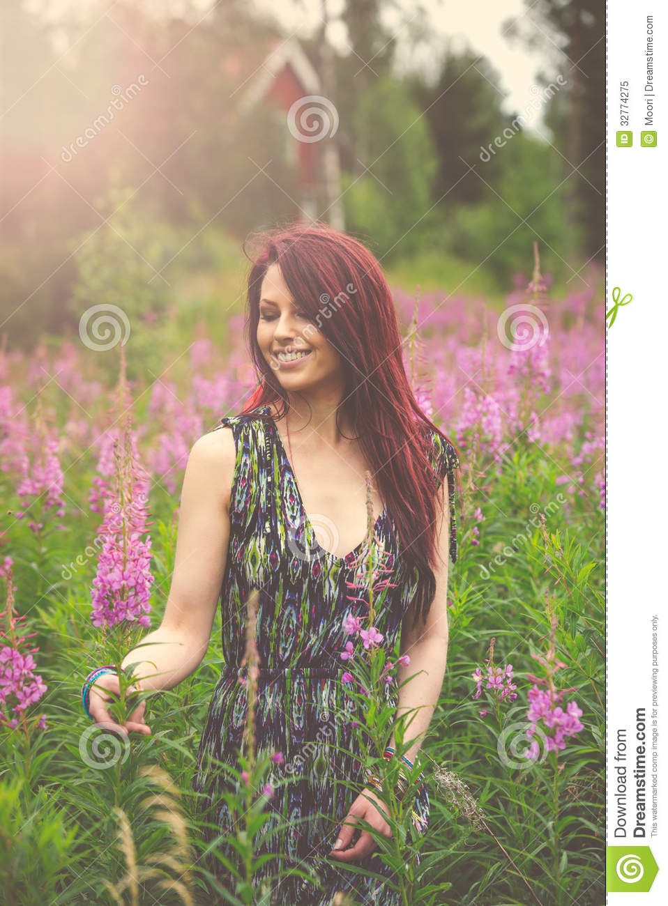 Photo Young Hippie Girl Boho Fashion Style Outfit  Image  32774275