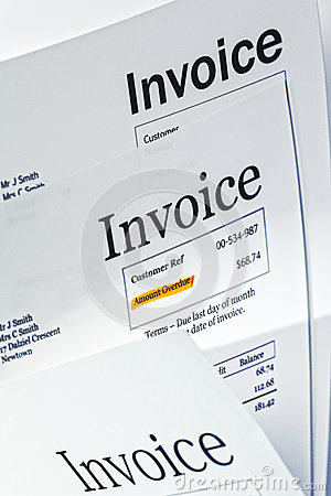 Invoice   Three Invoices One With Amount Overdue Highlighted