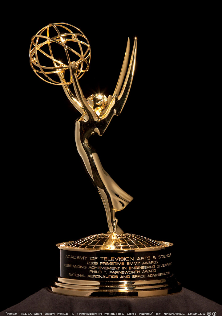 Bestdirs2 furthermore Emmy Award Cliparts likewise 276807 together with Oscar Statue Awarded To Leon Shamroy For The Color Cinematography Of 1945's ''leave Her To Heaven'' Lot4516 further Movie Award Icon In Yellow Vector 6158020. on academy award statue clip art