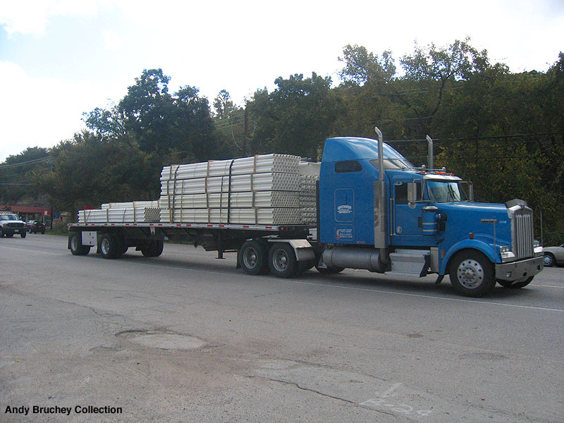 Nice W900 Hauling A Flatbed In Oak Hill Tx Blue Line Distribution  S