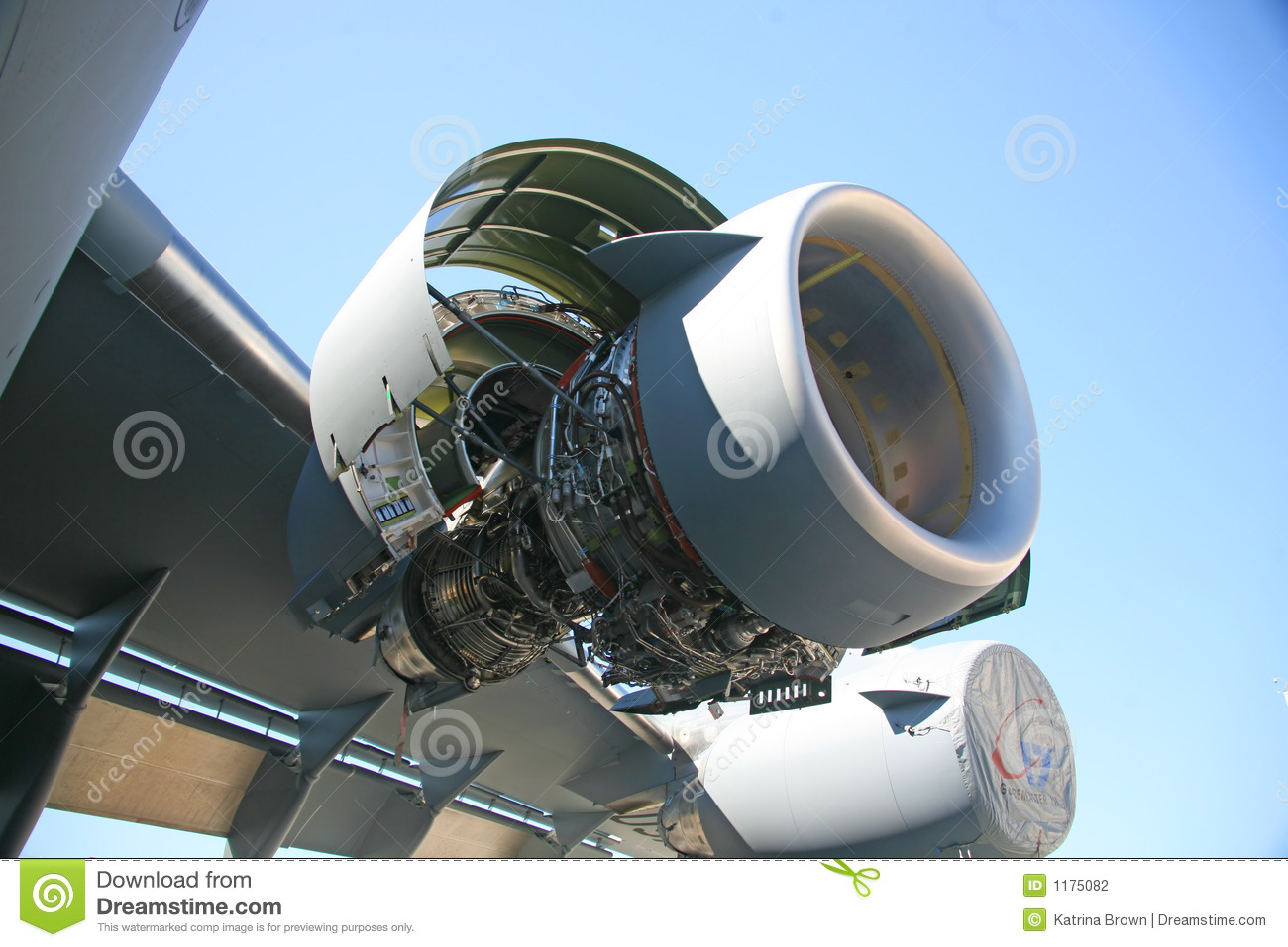 Stock Photography  C 17 Military Aircraft Engine