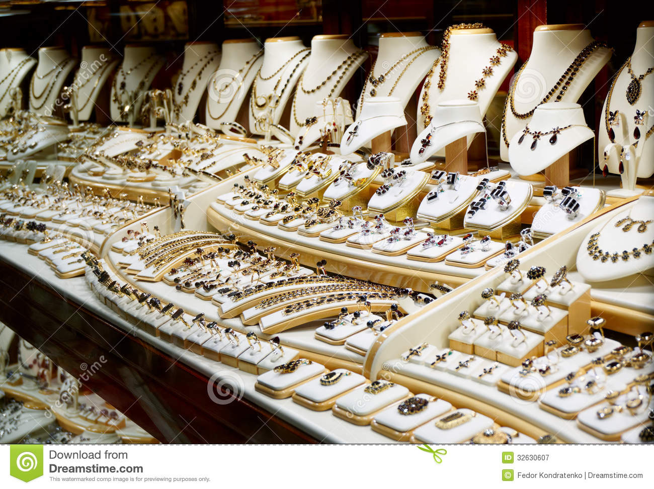 Resultado de imagen de jewelry shop