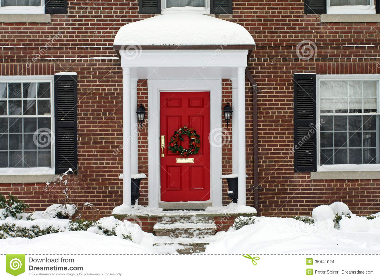Front Door With Christmas Wreath Stock Images   Image  35441024
