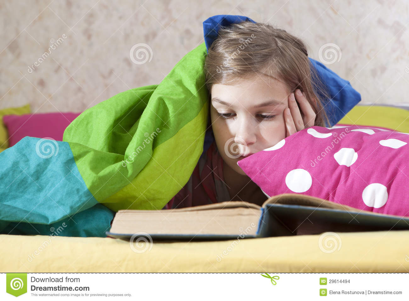 Girl Reading In Bed Stock Images   Image  29614494
