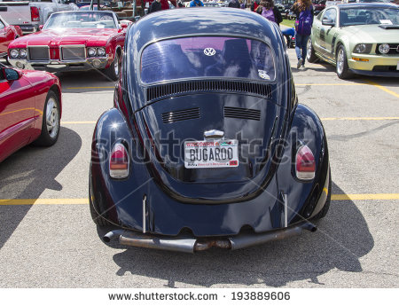 Wi   May 16  Front Of Black Vw Beetle Car At 7th Annual Car