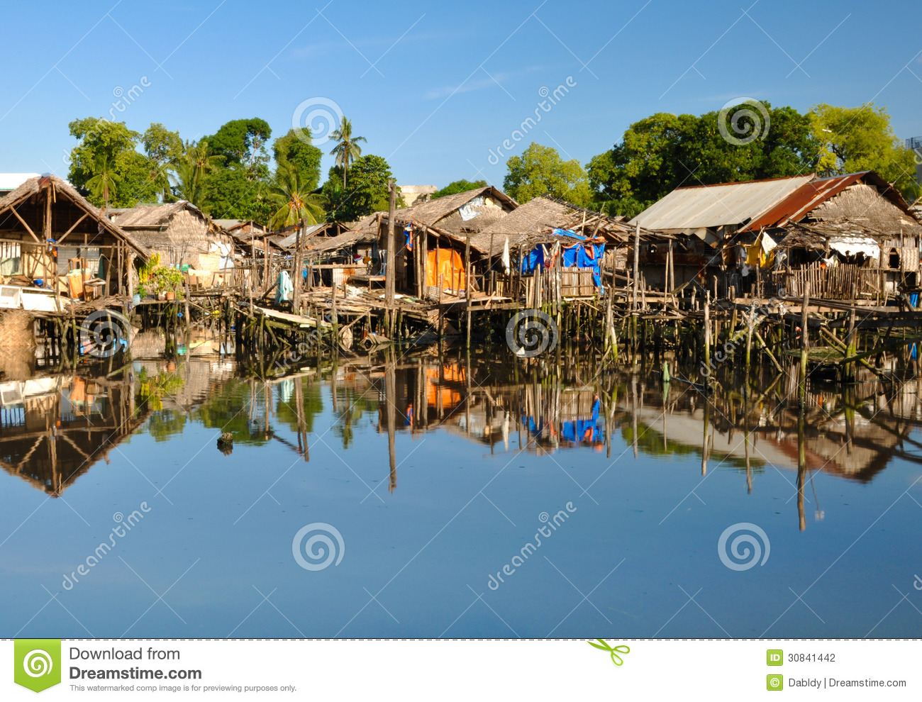 Poor House Clipart Slum Houses On Water