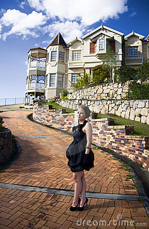 Front Of Her Lavish Mansion Living A Lifestyle Of The Rich And Famous