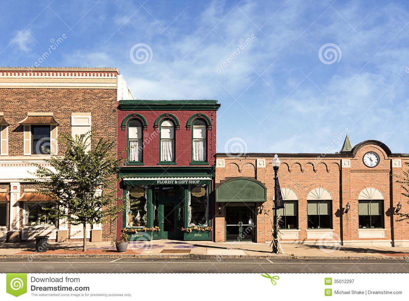Displaying 19  Images For   Small Town Business Clipart