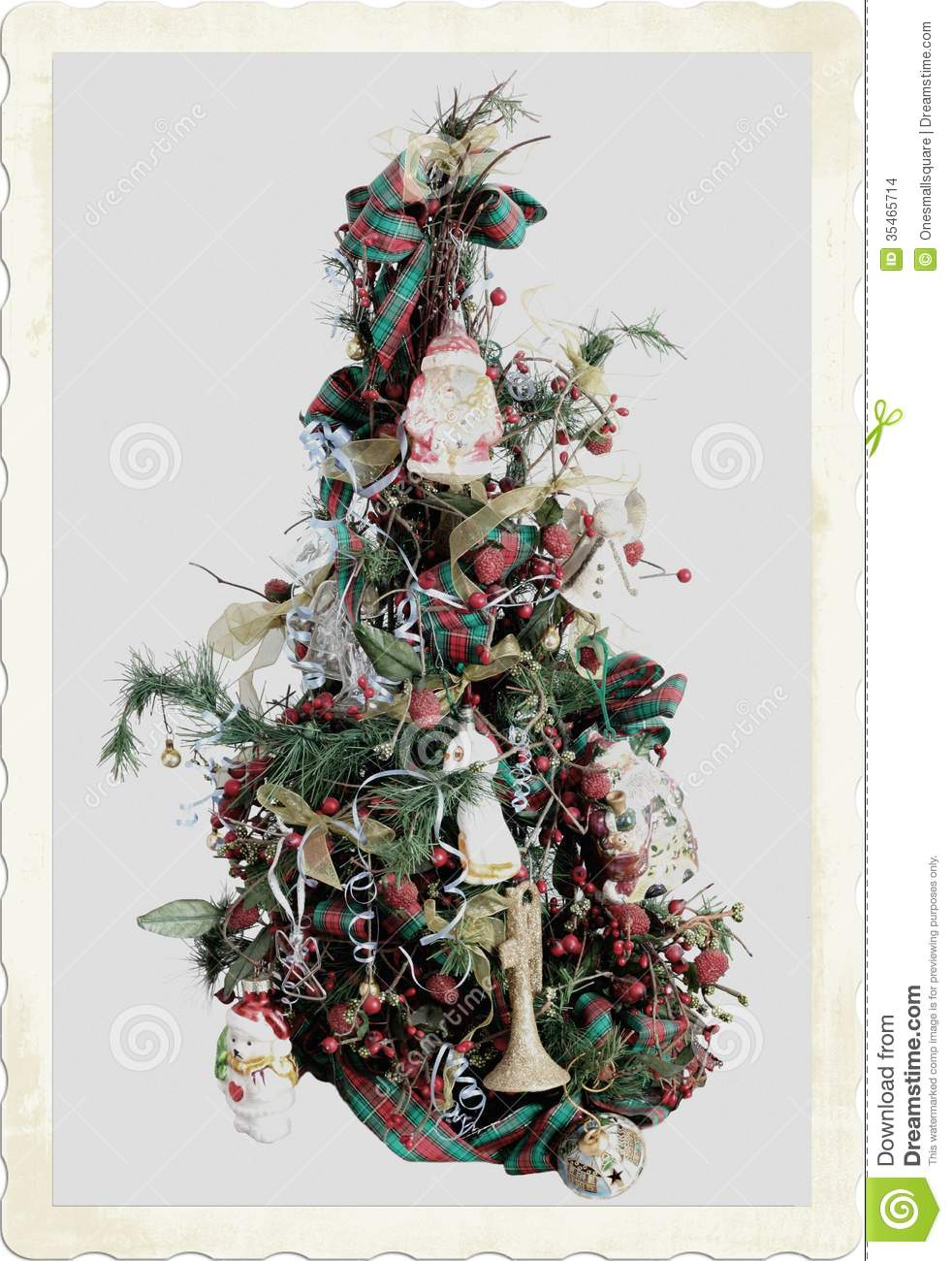 An Old Fashioned Christmas Tree