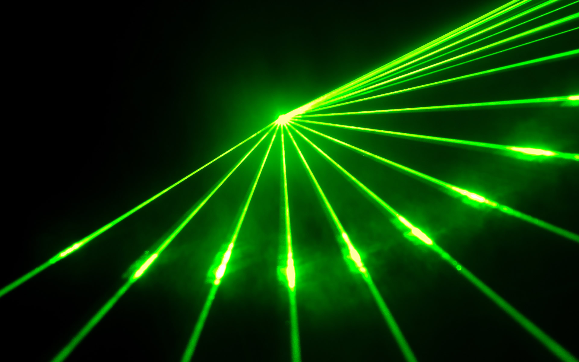 how to create laser beam