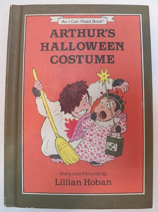 Vintage 1984 Weekly Reader Hardback Book   Arthur S Halloween Costume