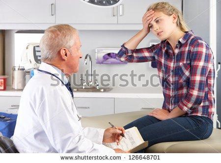 фото девушки у врача