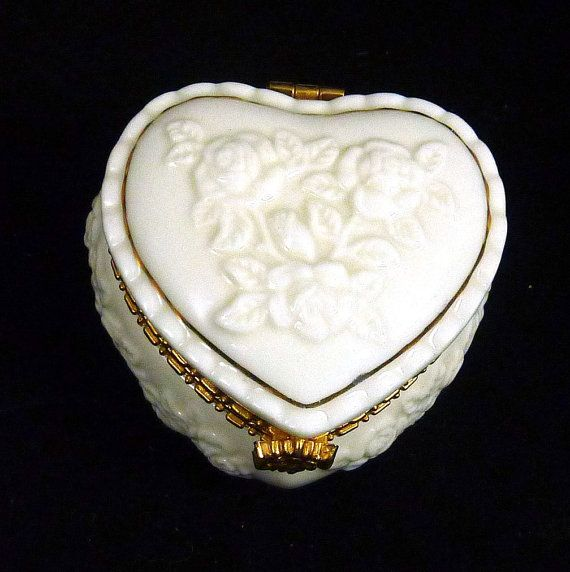 White Rose Heart With Gold Plated Accent Vintage Ceramic Jewelry Tri
