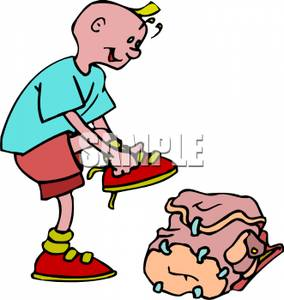 Boy Putting On Shoes Clipart Images   Pictures   Becuo