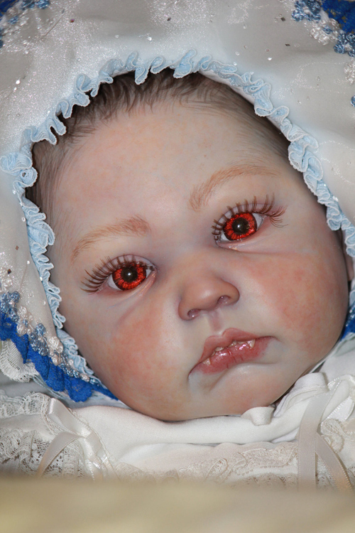 Eyes This Is Less Creepy And More Real Looking Than The Cgi Renesmee