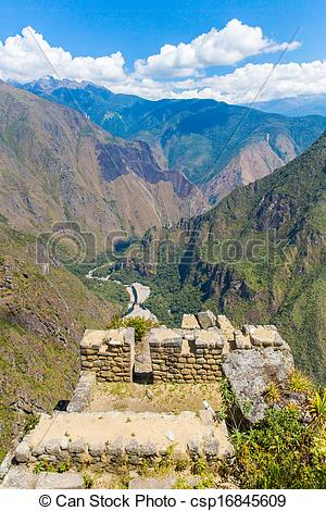 The Famous 32 Angles Stone In Ancient Inca Architecture    Csp16845609
