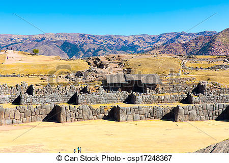 The Famous 32 Angles Stone In Ancient Inca Architecture    Csp17248367