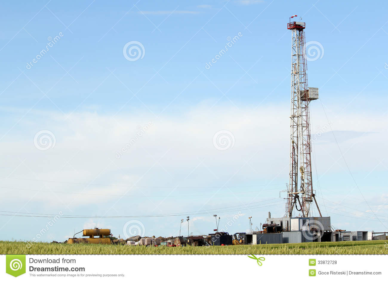 Land Oil Drilling Rig Royalty Free Stock Photos   Image  33872728