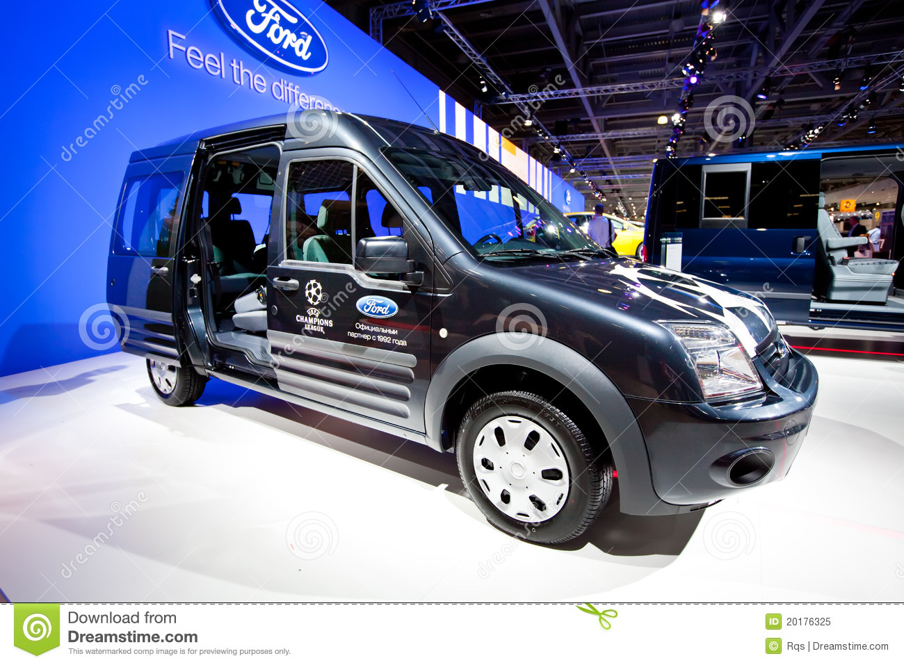 Moscow Russia   August 25  Blue Lorry Car Ford Transit Connect On