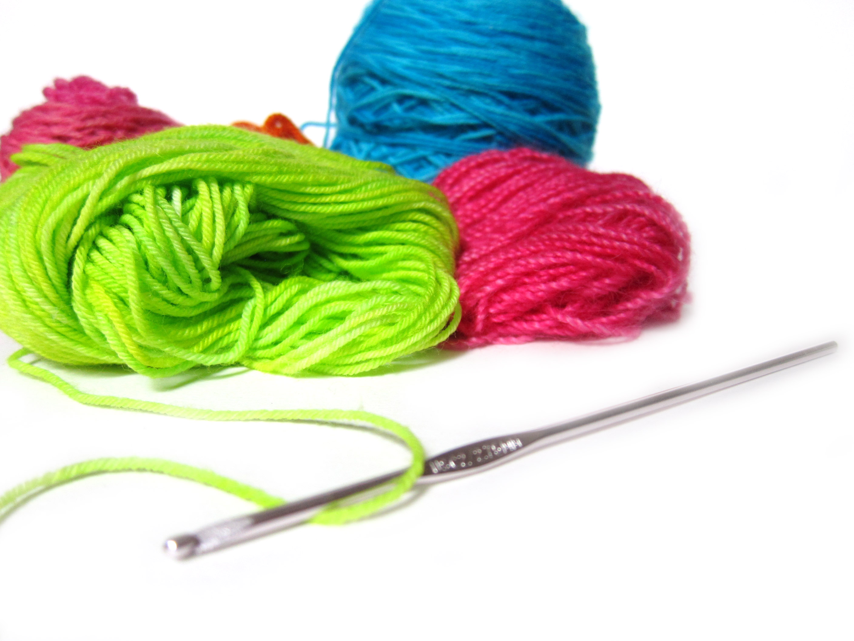 Crocheting Yarn : Yarn And Crochet Needles crochet hook - and yarn clipart - clipart kid