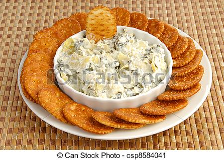 Of Crackers Nad Artichoke Spinach Dip   A Plate Of Crackers