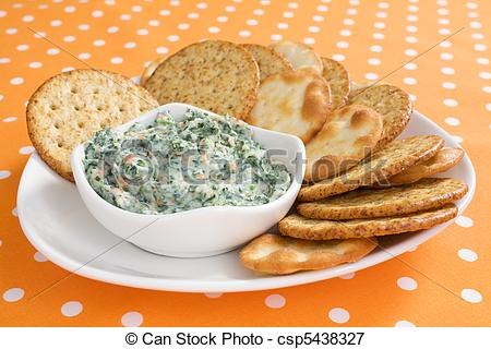 Picture Of Creamy Spinach Dip   Creamy Spinach Dip With Crackers