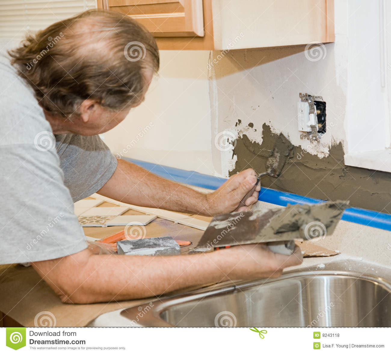 Tile Setter Applying Mortar Royalty Free Stock Photos   Image  8243118