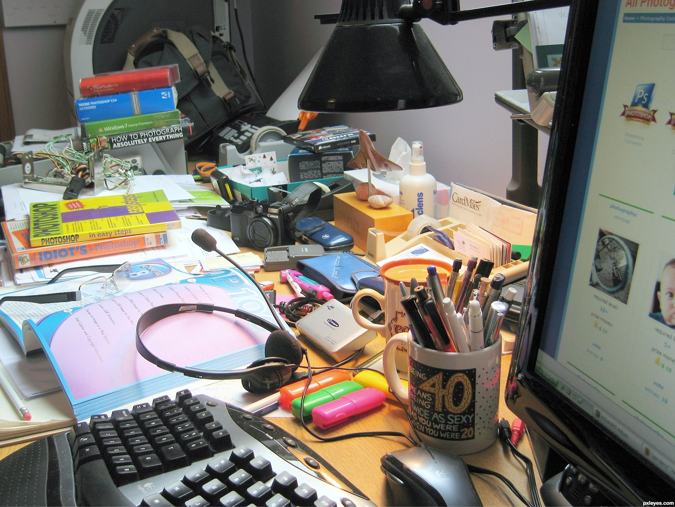 Messy Desk Clipart Nono Cluttered Desk