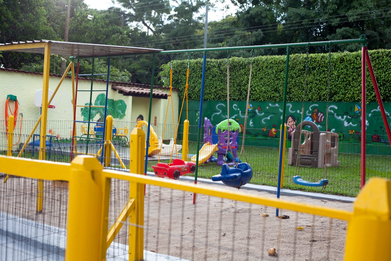 Preschool Playground Clipart Clipart Suggest