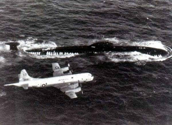 The Mighty P 3 With A Soviet Victor Class Submarine During The Cold