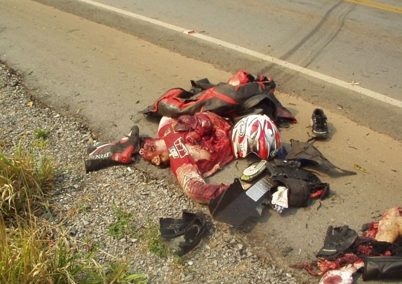 Very Graphic And Potentially Offensive Images     Car Talk   Nigeria