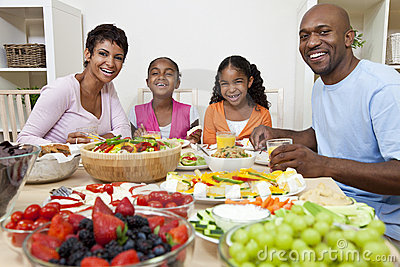 Black Family Eating Dinner Clipart Images   Pictures   Becuo