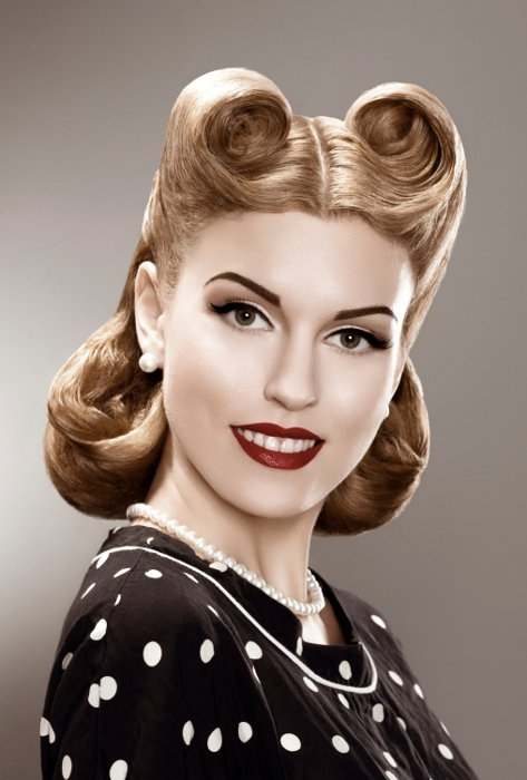 50s Pin Up Hair  Victory Rolls For Shorter Hair