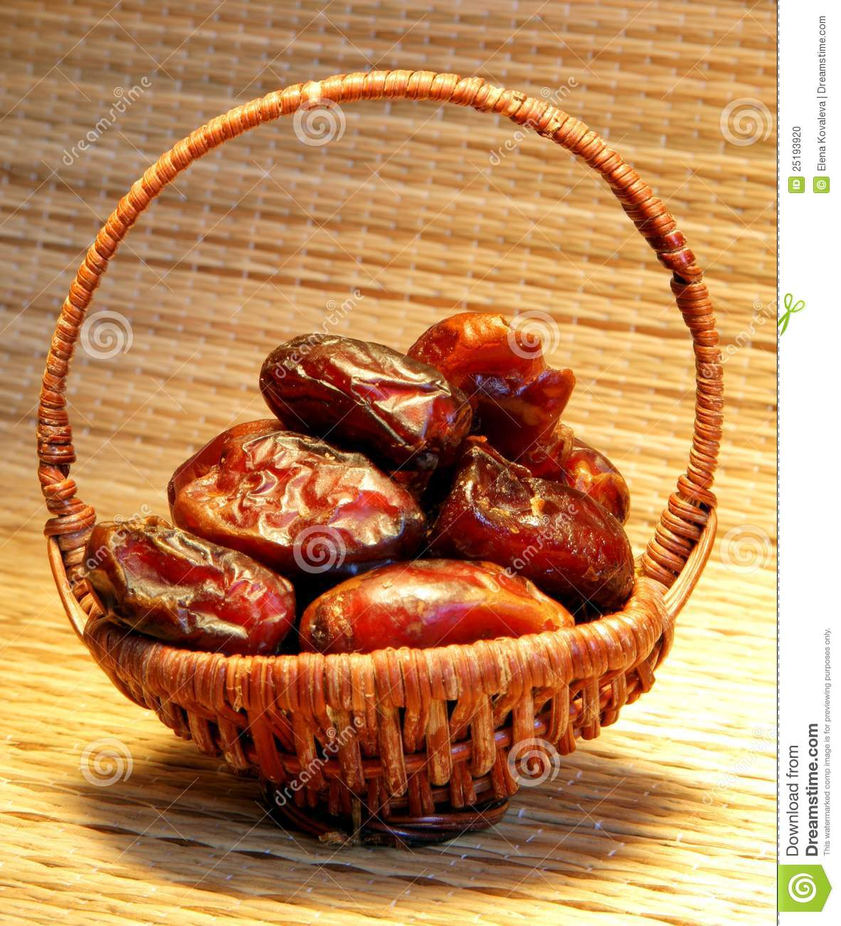 Dates Fruit In Sunlight Stock Photo   Image  25193920