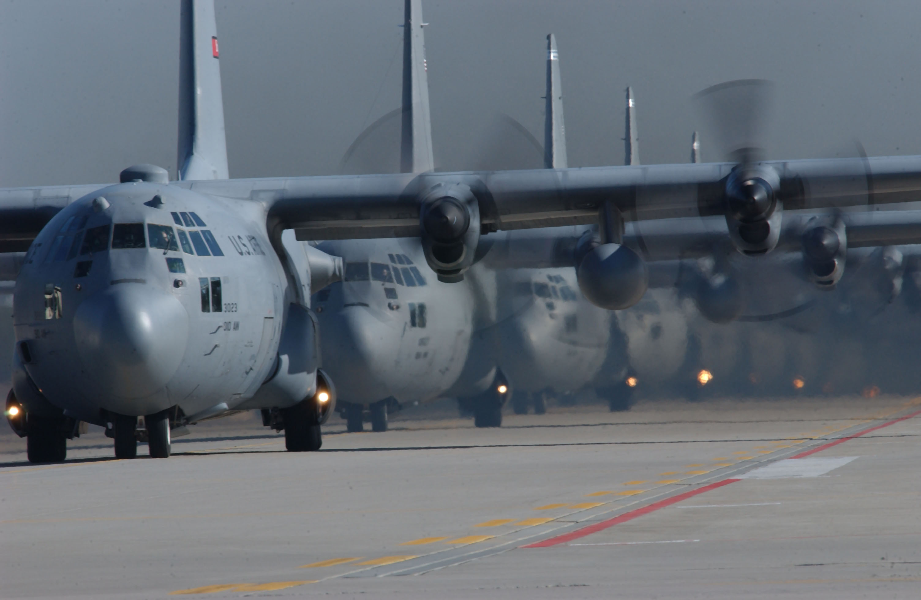 130 Aircraft Cli...C 130 Airplane Pictures Clip Art