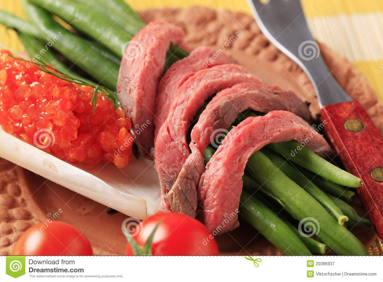 Roast Beef And String Beans Royalty Free Stock Photography   Image
